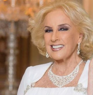 -Mirtha Legrand-